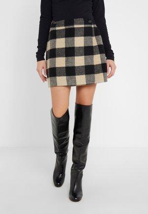 HERIOT SKIRT - Zavinovací sukně - ivory/black