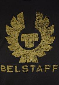 Belstaff - COTELAND  - Print T-shirt - black - 5