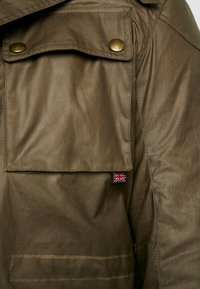 Belstaff - BIG & TALL FIELDMASTER - Veste légère - capers - 8