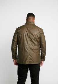 Belstaff - BIG & TALL FIELDMASTER - Veste légère - capers - 2