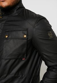 Belstaff - BIG & TALL FIELDMASTER - Leichte Jacke - black - 4
