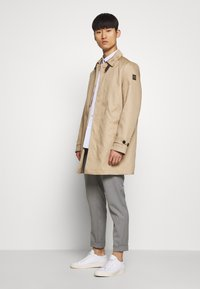 Belstaff - OLDFIELD - Trenchcoat - khaki/silver grey - 1