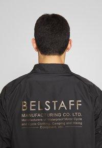 Belstaff - TEAMSTER JACKET PRINT - Chaqueta fina - black - 4