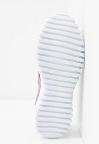 Bernie Mev - DAWA - Nazouvací boty - pink - 6