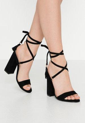 VICTORIA - Sandalen met hoge hak - black