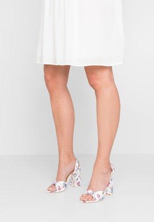 MALORY - Sandalen met hoge hak - cream