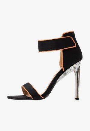 VESPER - Sandály na vysokém podpatku - black/lemon