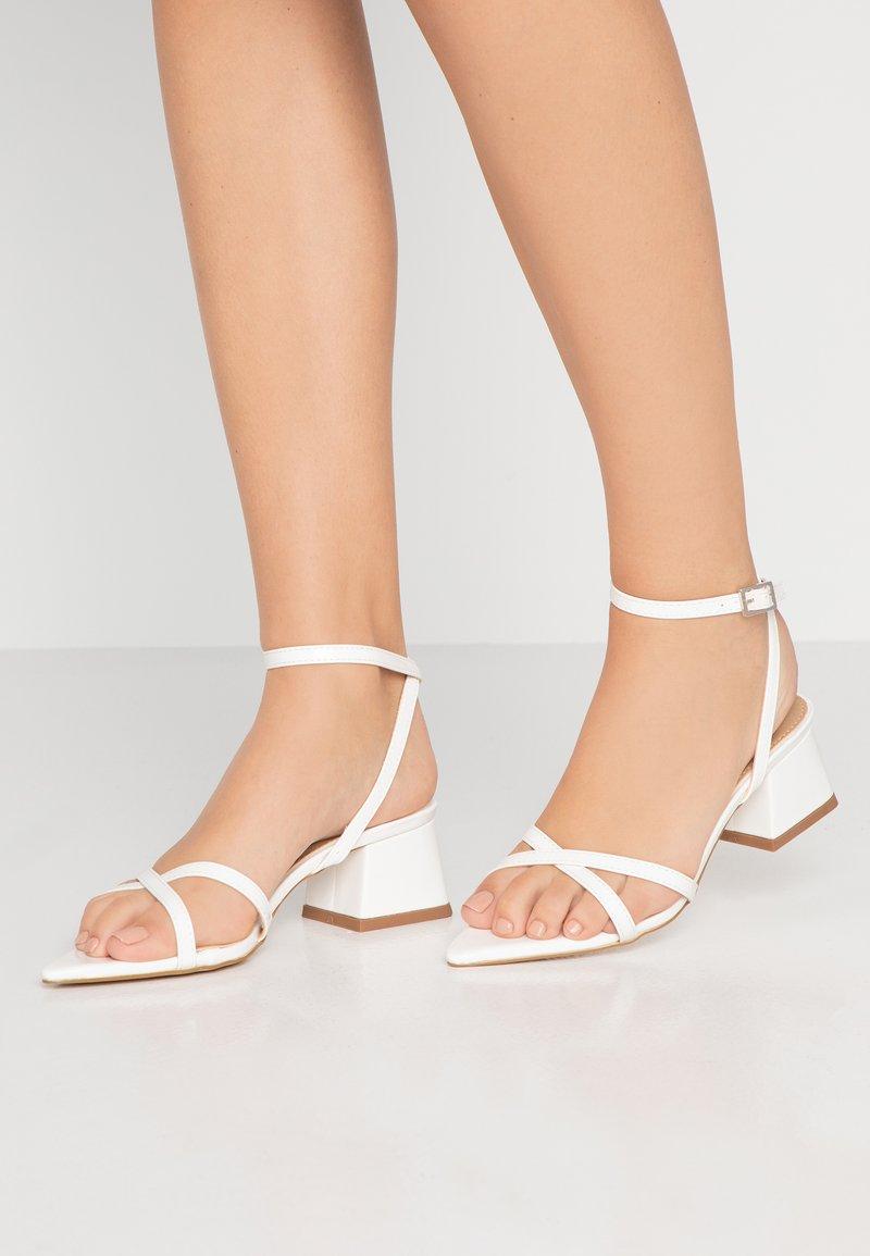 BEBO - Sandalias - white
