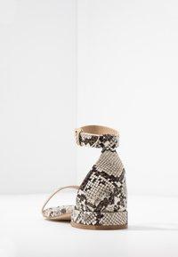 BEBO - HARPER - Sandaalit nilkkaremmillä - beige - 5