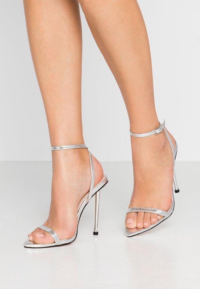 AIVY - Sandały na obcasie - silver metallic