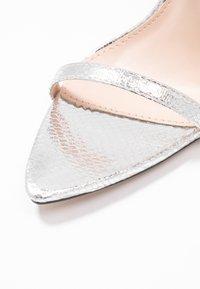 BEBO - AIVY - Sandały na obcasie - silver metallic - 2