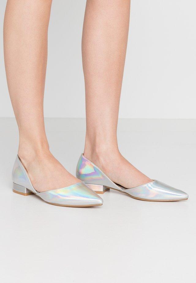 EMERSON - Ballet pumps - silver