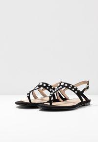 BEBO - MORA - Sandály s odděleným palcem - black - 4