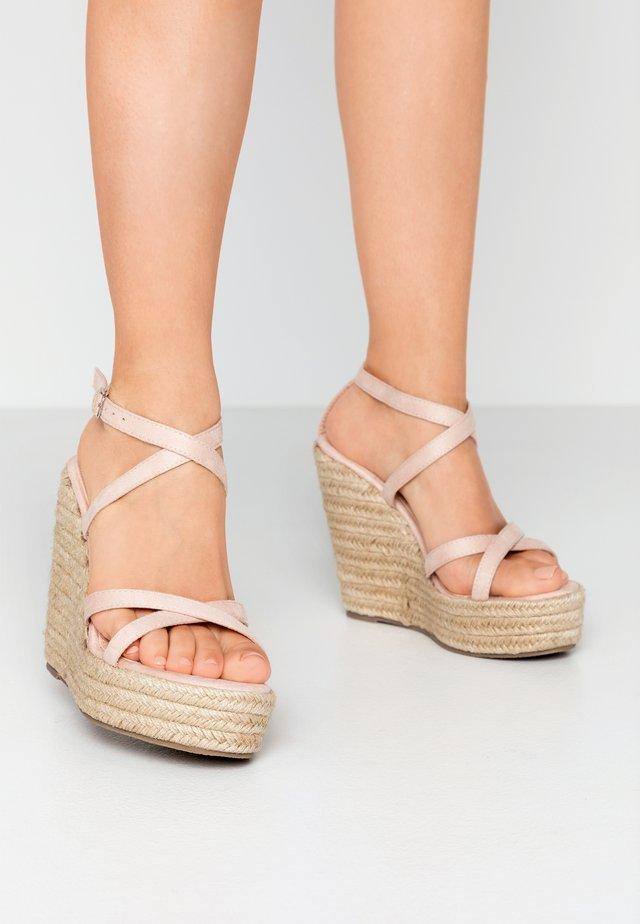 FARRAH - Sandały na obcasie - nude