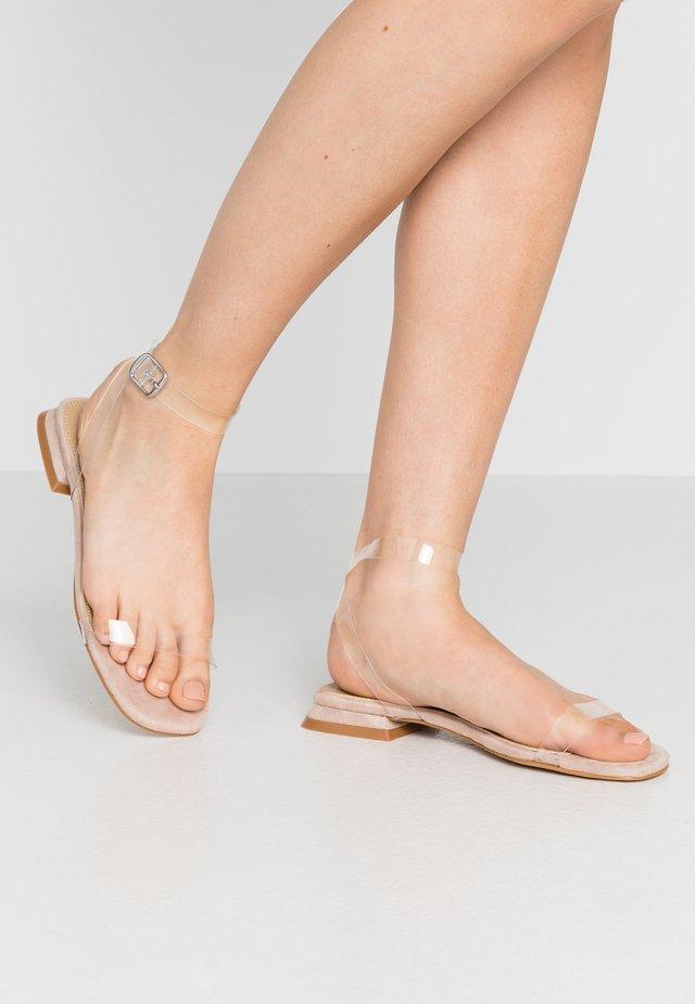 MARTINA - Sandały - clear/nude
