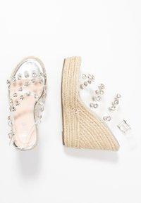 BEBO - VILLA - Sandaler med høye hæler - clear/silver - 3