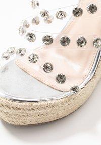 BEBO - VILLA - Sandaler med høye hæler - clear/silver - 2