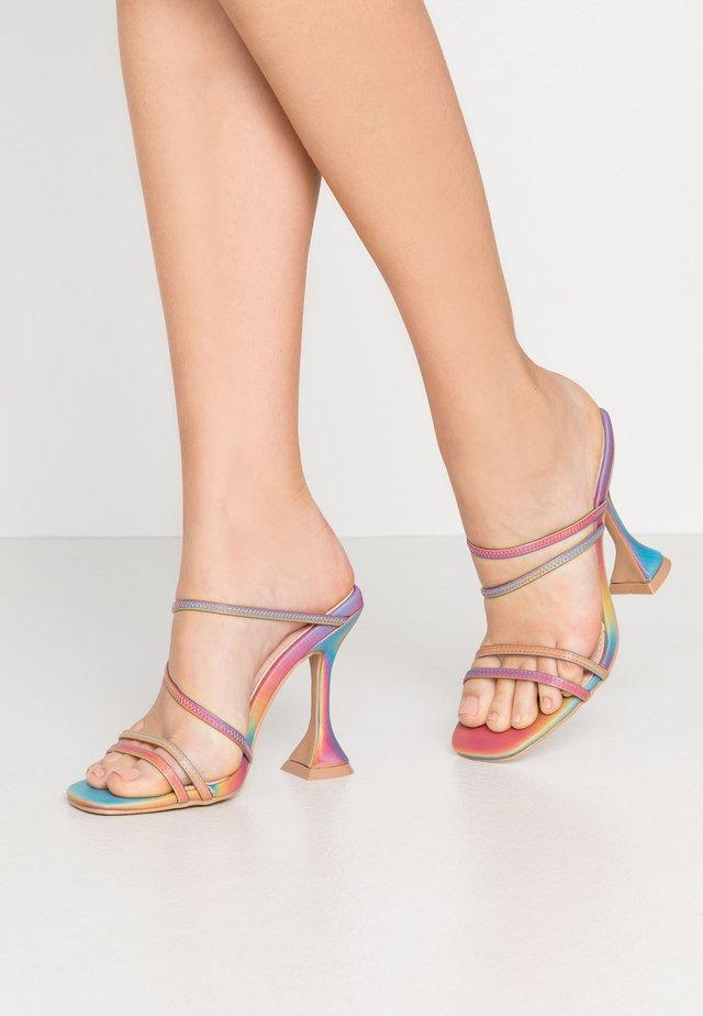 CRISTINA - Slip-ins med klack - multicolor