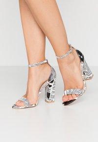 BEBO - INARA - Sandaler med høye hæler - black/white - 0