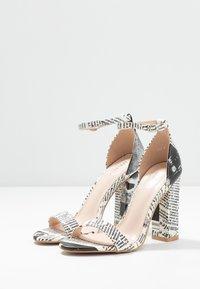 BEBO - INARA - Sandaler med høye hæler - black/white - 4