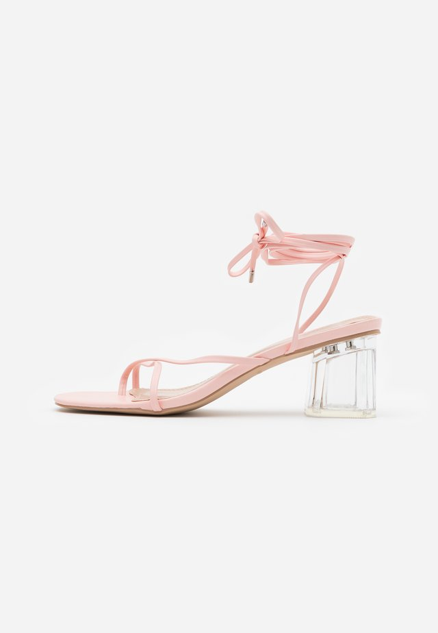 GLENDALE - T-bar sandals - pink