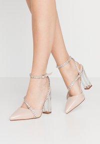 BEBO - NEIL - Zapatos altos - nude - 0