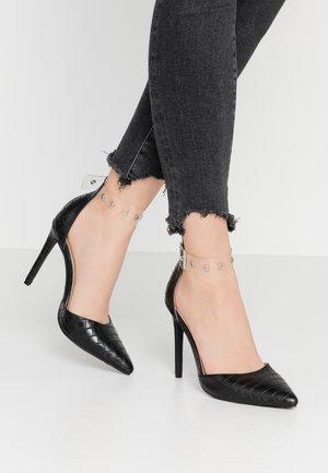 YASMINE - Zapatos altos - clear/black