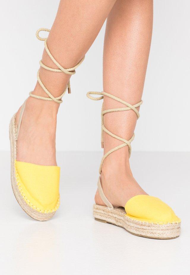 DAPHNE - Espadrilles - yellow