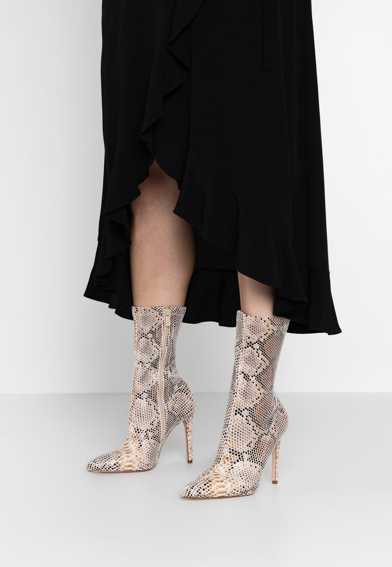 BEBO - TAMMY - High heeled ankle boots - beige