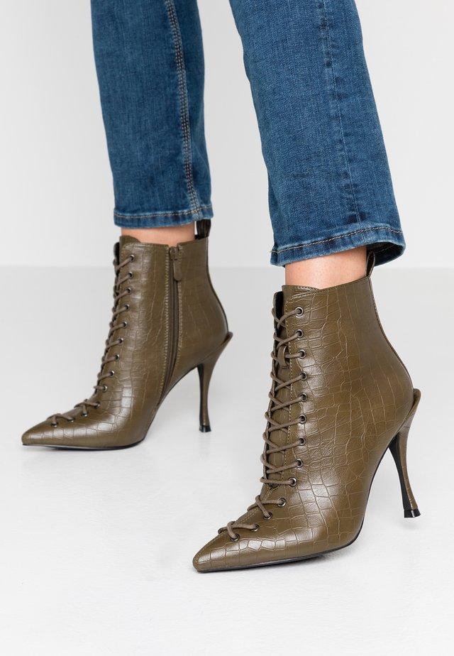 LEGACY - High heeled ankle boots - khaki