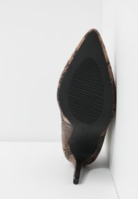 BEBO - CERISE - Botines de tacón - brown - 6