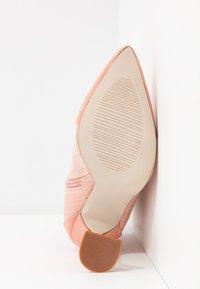 BEBO - KEONA - Ankelboots med høye hæler - blush - 6