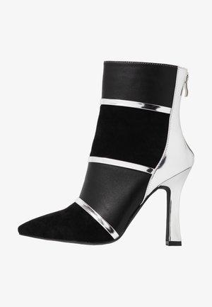 LAVETA - Kotníková obuv na vysokém podpatku - highshine silver metallic