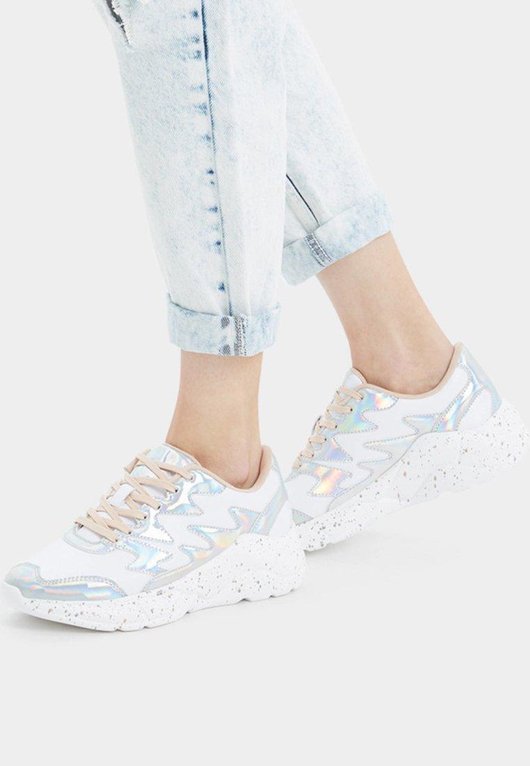 Bershka - Sneakers - silver-coloured