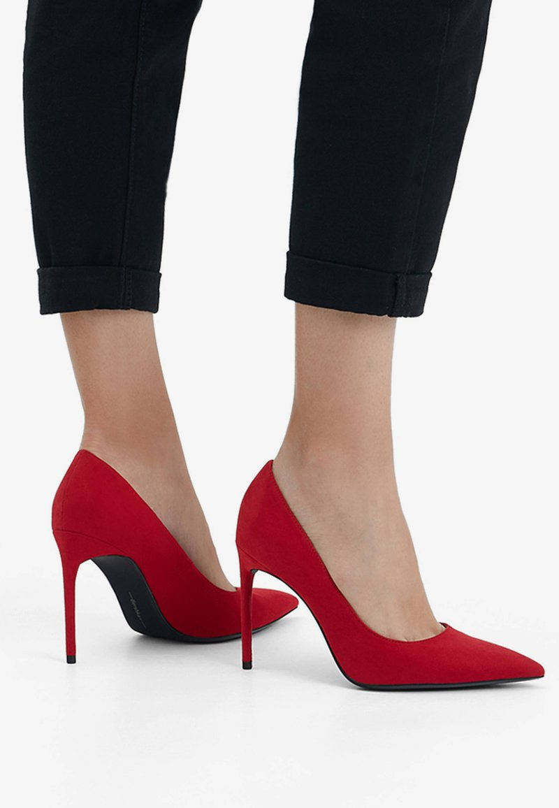 Bershka - Højhælede pumps - red