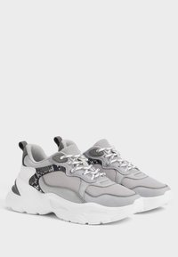 Bershka - Sneakers - grey - 3