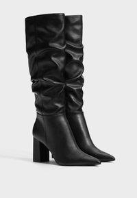 Bershka - Laarzen met hoge hak - black - 2
