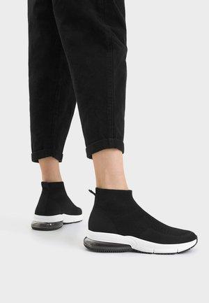 MIT NETZSTOFF - Sneakersy wysokie - black