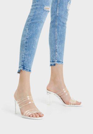 MIT DETAIL - Sandals - white