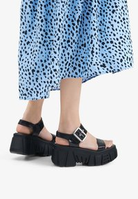 Bershka - Platform sandals - black - 0