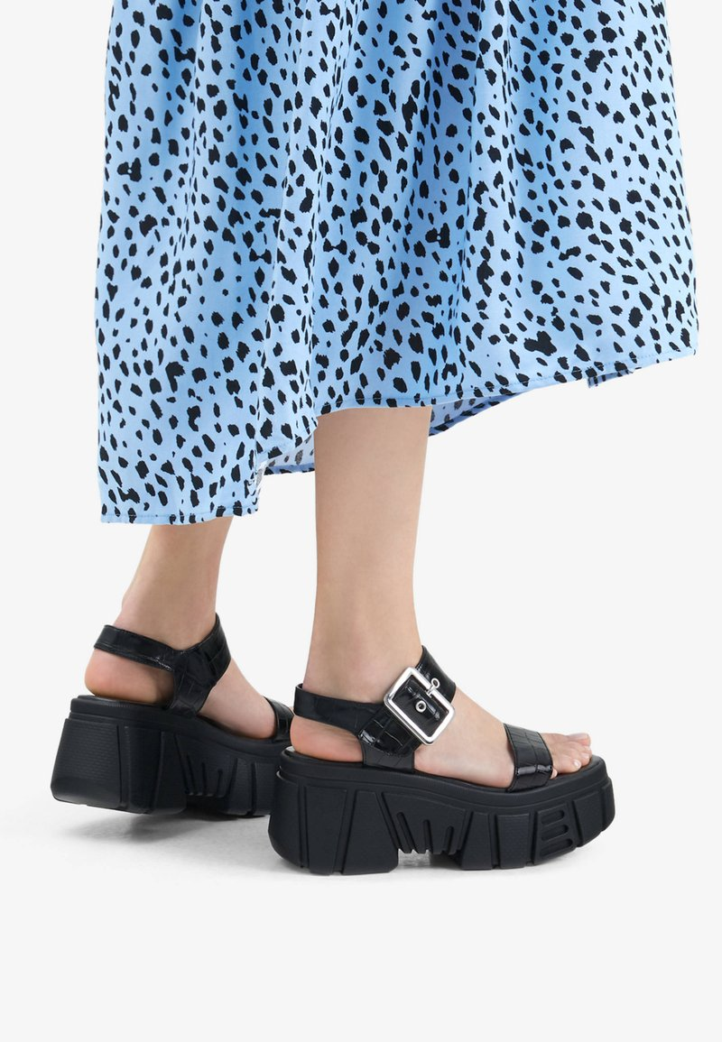 Bershka - Platform sandals - black
