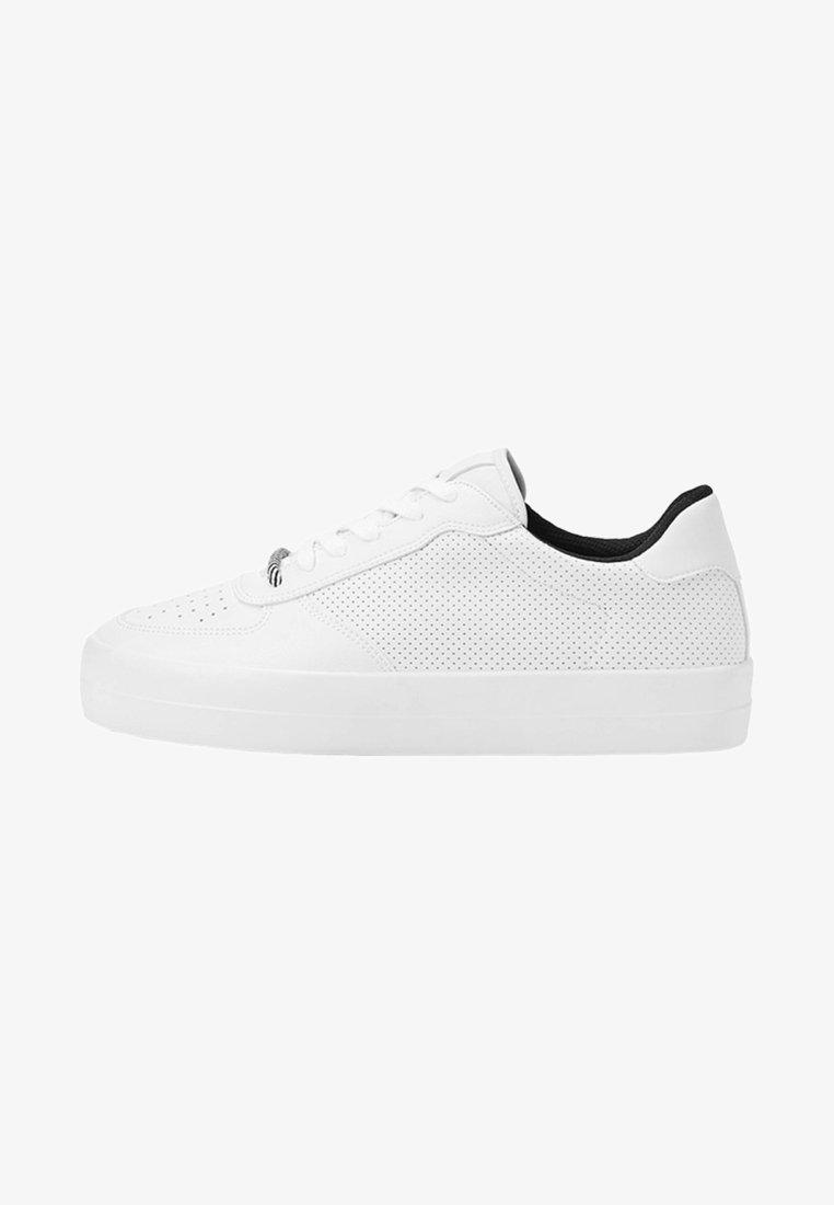 Bershka - MIT BROGUING - Sneakers laag - white