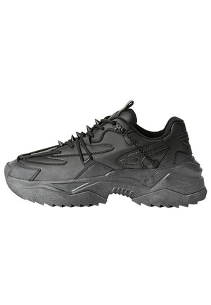 MIT STACHELN  - Sneakers laag - black