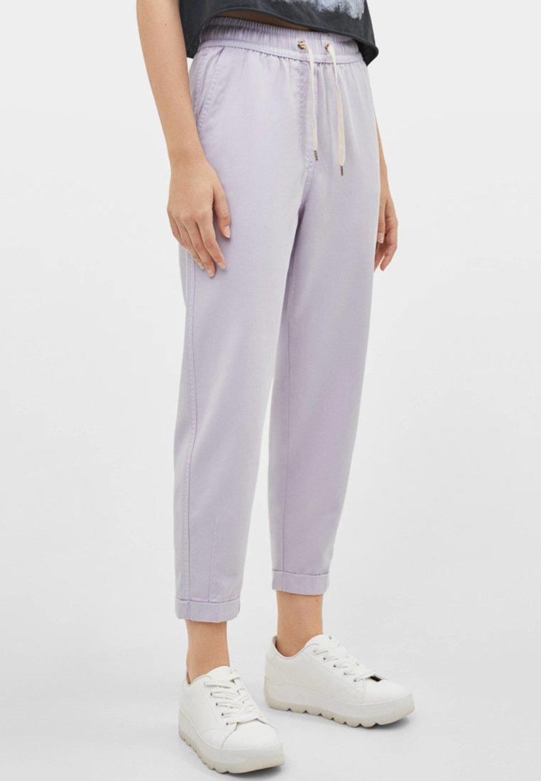 Bershka - Pantalon de survêtement - dark purple