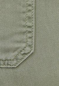 Bershka - Pantaloni sportivi - khaki - 4