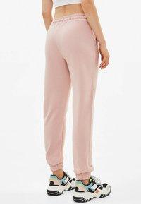 Bershka - Pantalon de survêtement - rose - 2