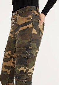 Bershka - Jeans Skinny - khaki - 3
