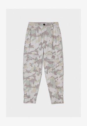 CARGOHOSE MIT CAMOUFLAGEPRINT 00179019 - Cargo trousers - grey