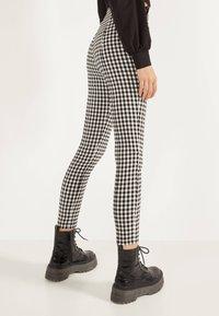 Bershka - MIT SCHNALLEN - Leggings - Trousers - grey - 2