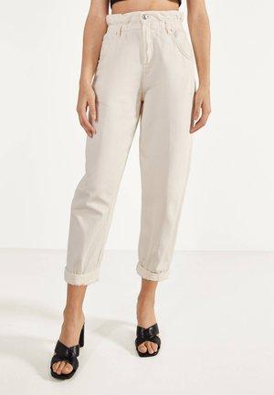 MIT STRETCHBUND  - Kalhoty - beige
